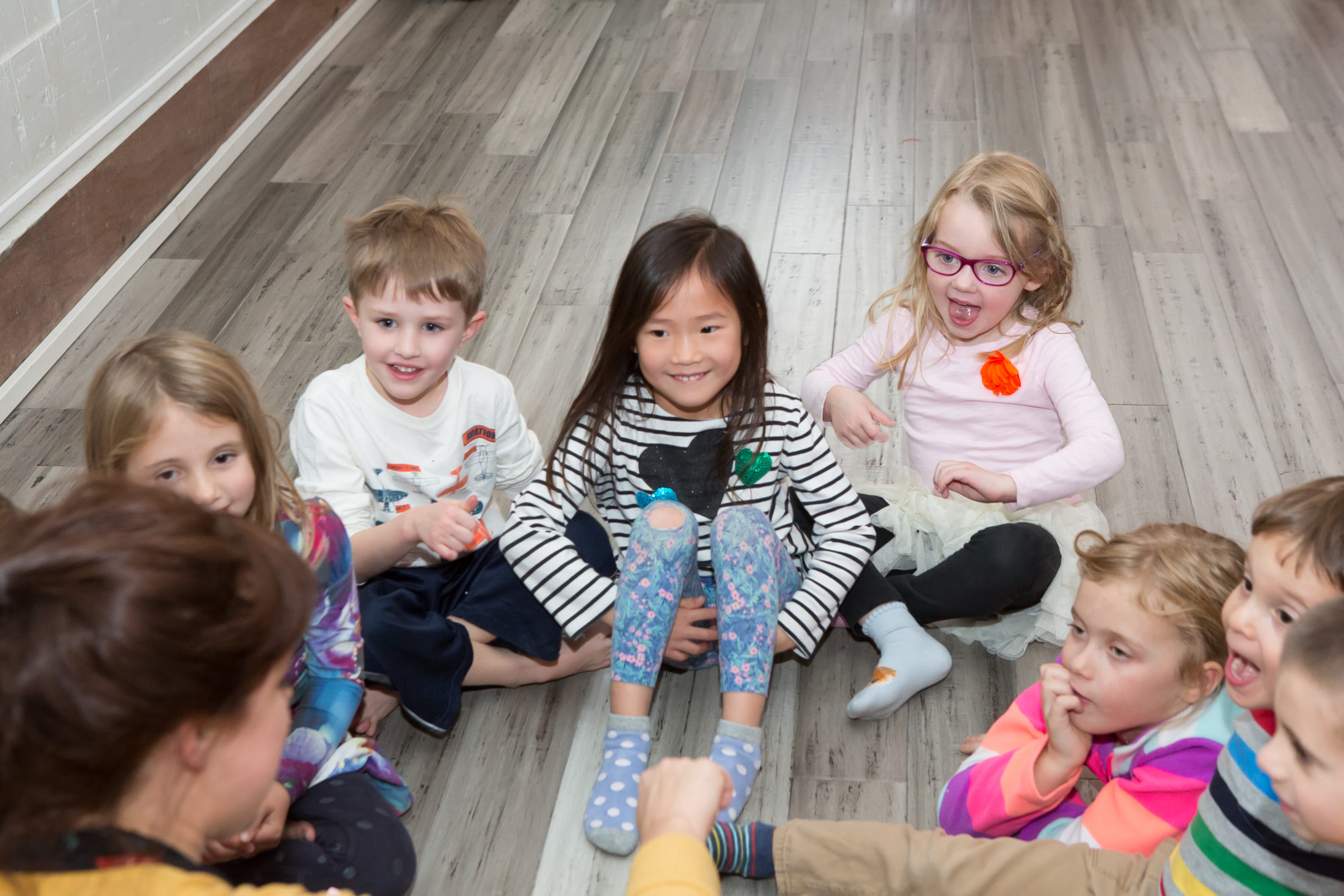 4-6 year olds read and play at theatre summer camp